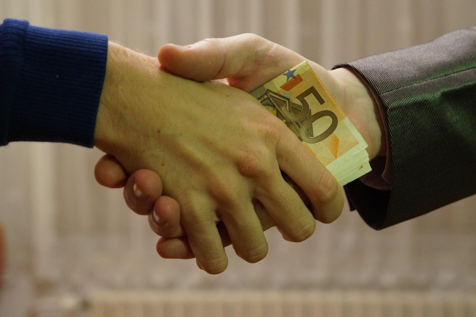 עורכי דין שידלו לקוחות לתת ביקורות לצורך קידום בגוגל לעסק שלי – האם זה הלך להם?
